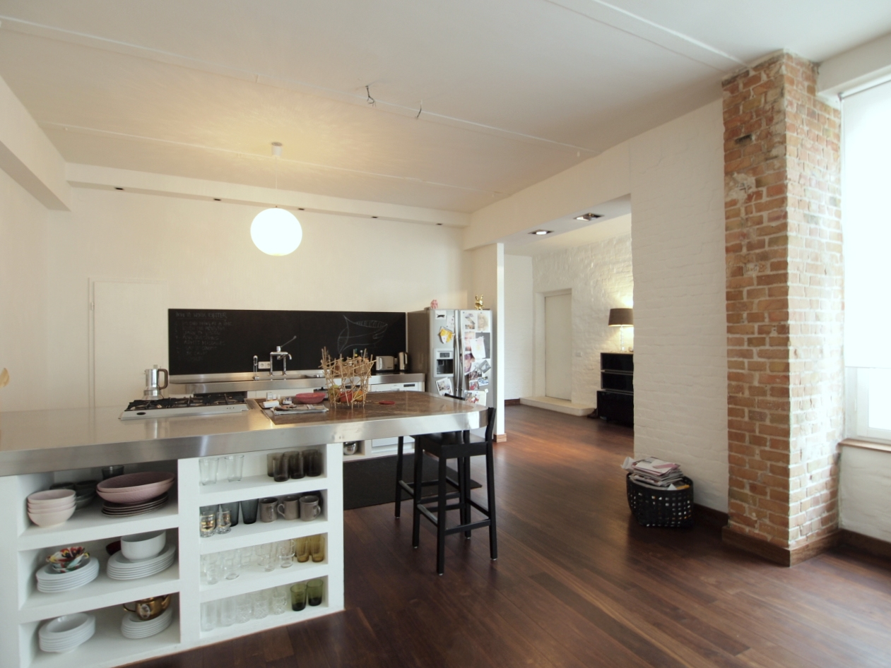dielenboden in der k che ikea k che justieren folieren landhaus wei e arbeitsplatte empfindlich. Black Bedroom Furniture Sets. Home Design Ideas